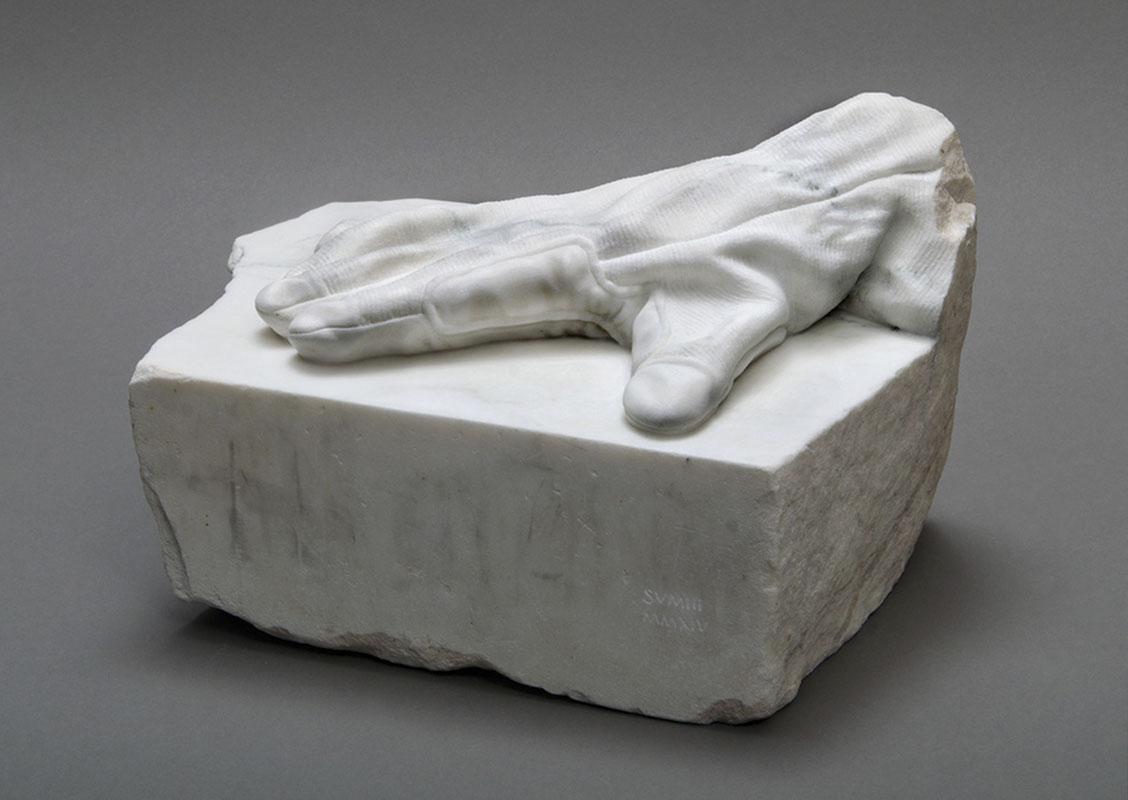 Martorana-glove